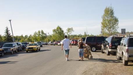 Inadequate parking, no sidewalk, east of park entrance